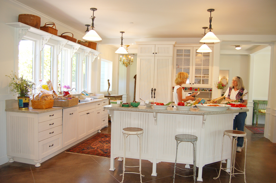 Occidental Transformation Kitchen