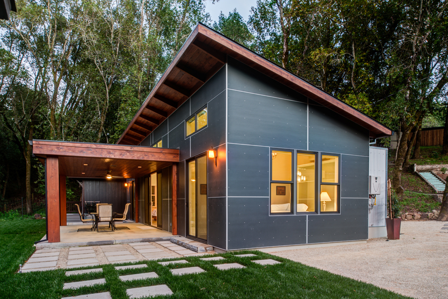 Contemporary Home Glen Ellen constructed by LEFF Design Build