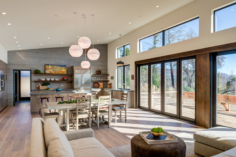 Fountaingrove-great-room-facing-kitchen-bright