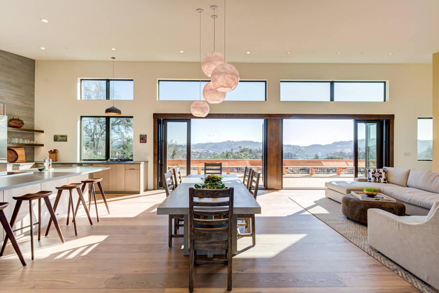 Fountaingrove-great-room-from-entry-window-doors-open